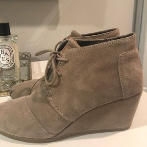 TOMS Kala Wedge Bootie Taupe